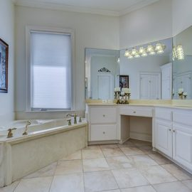 WHAT TO CONSIDER WHILE RENOVATING BATHROOM